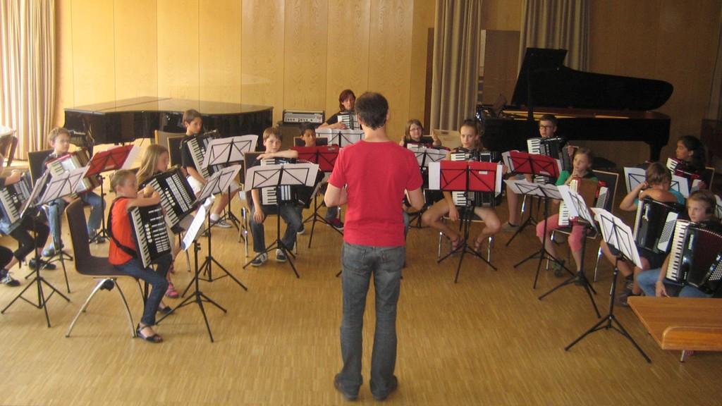 AccoMusica Schülerorchester - letztes Einspielen vor dem großen Auftritt