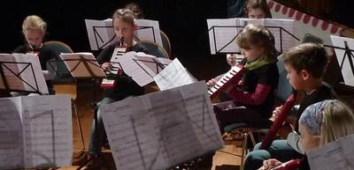 Max und Moritz - begleitet von den MelodicaKids