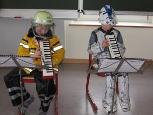 Melodica-Unterricht zur Faschingszeit