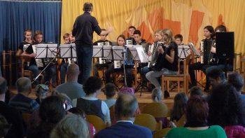 Das Jugendorchester eröffnete die gelungene Veranstaltung
