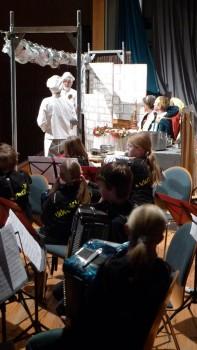 Dornröschen - begleitet von Akkordeonmusik